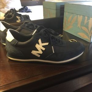Excellent condition navy blue MK sneakers.